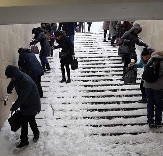 підземні переходи сніг