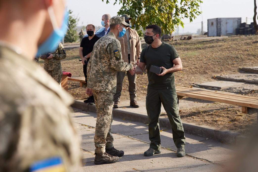 Зеленський на Донбасі в ООС