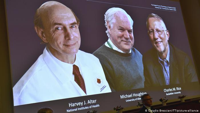 Нобелівську премію з медицини вручили за дослідження вірусу гепатиту C