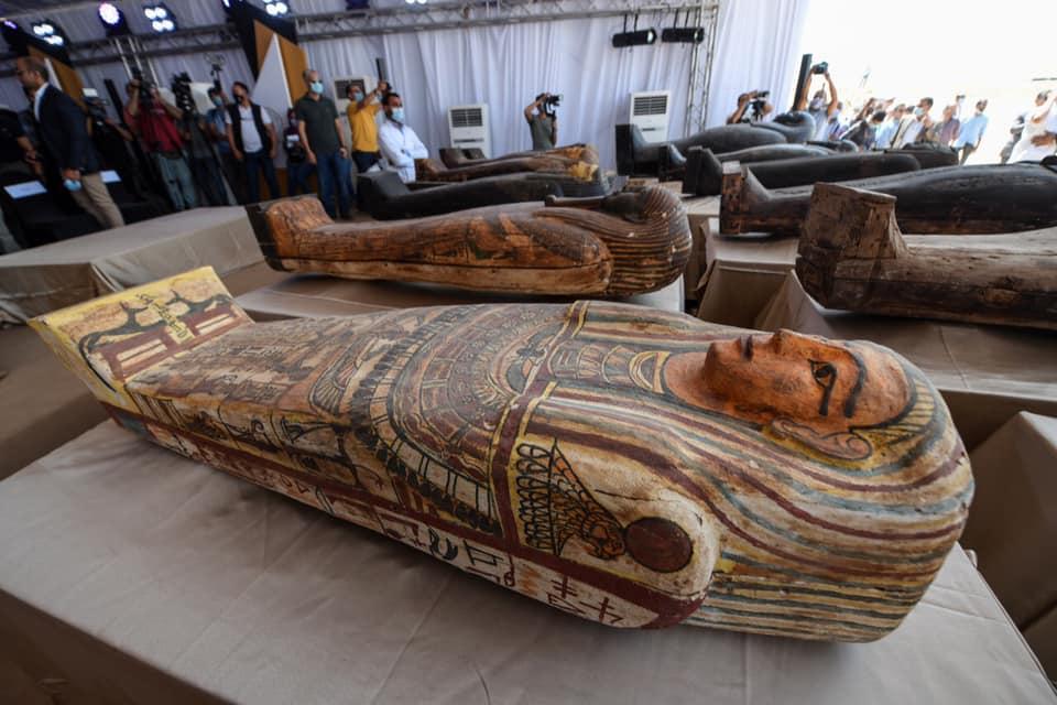 виставка саркофагів єгипет