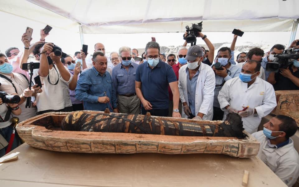 виставка саркофагів