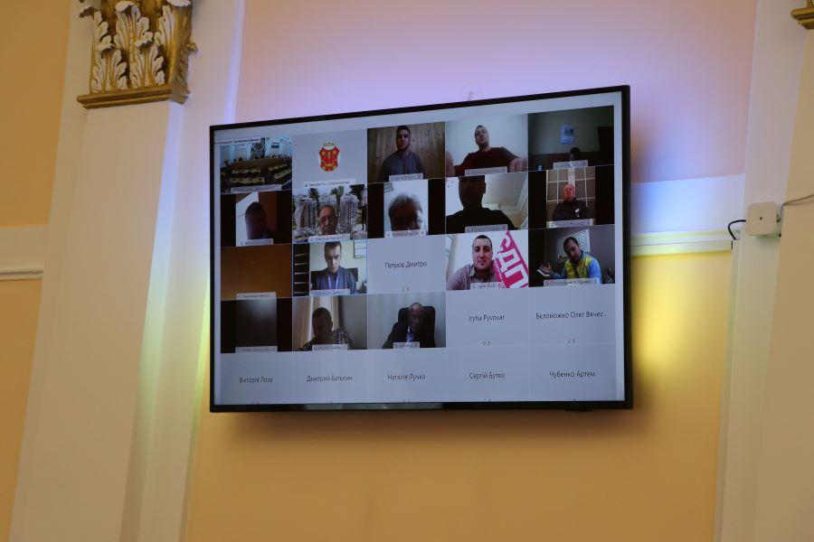 Полтавська міська рада судитиметься з Кабміном через карантин