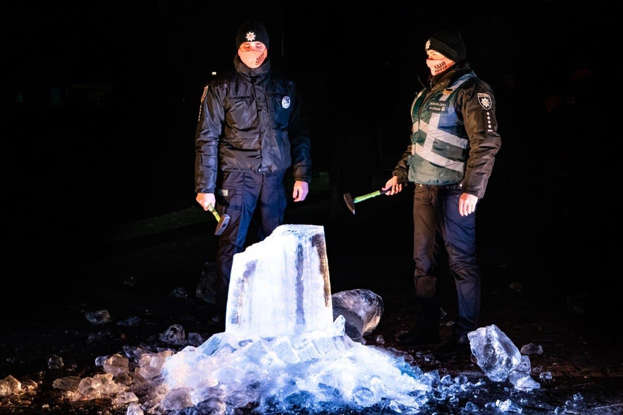 У Києві відбувся льодовий перформанс