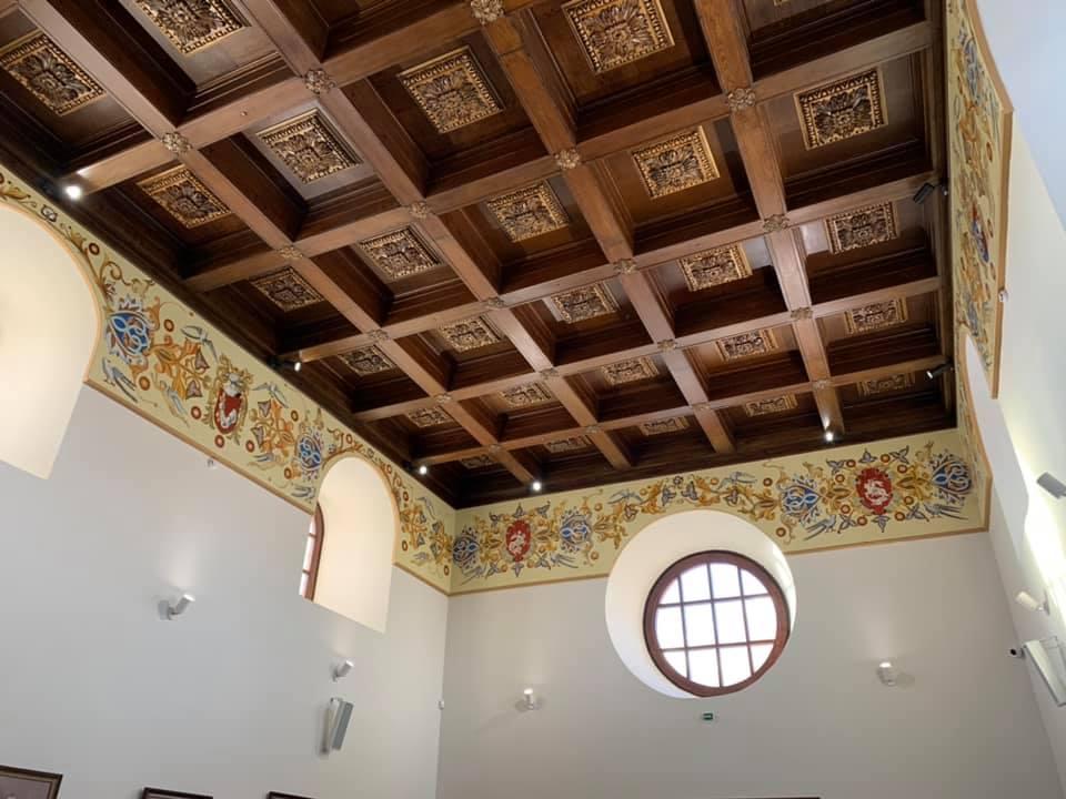 Тронна зала у Дубно