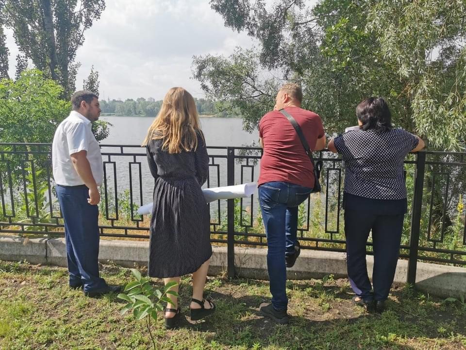 как жители Оболони борются за возвращение им озера