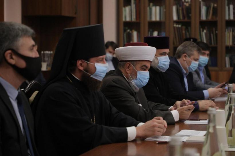 представники релігійних організацій