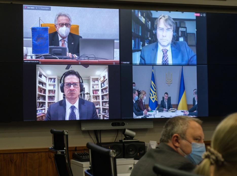 Зеленський прокоментував позицію Венеціанської комісії щодо наслідків рішення КСУ