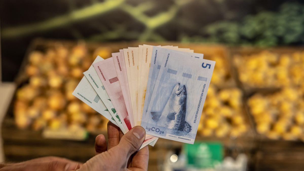 У Швеції відкрили магазин, де ціни на продукти залежать від їхнього вуглецевого сліду