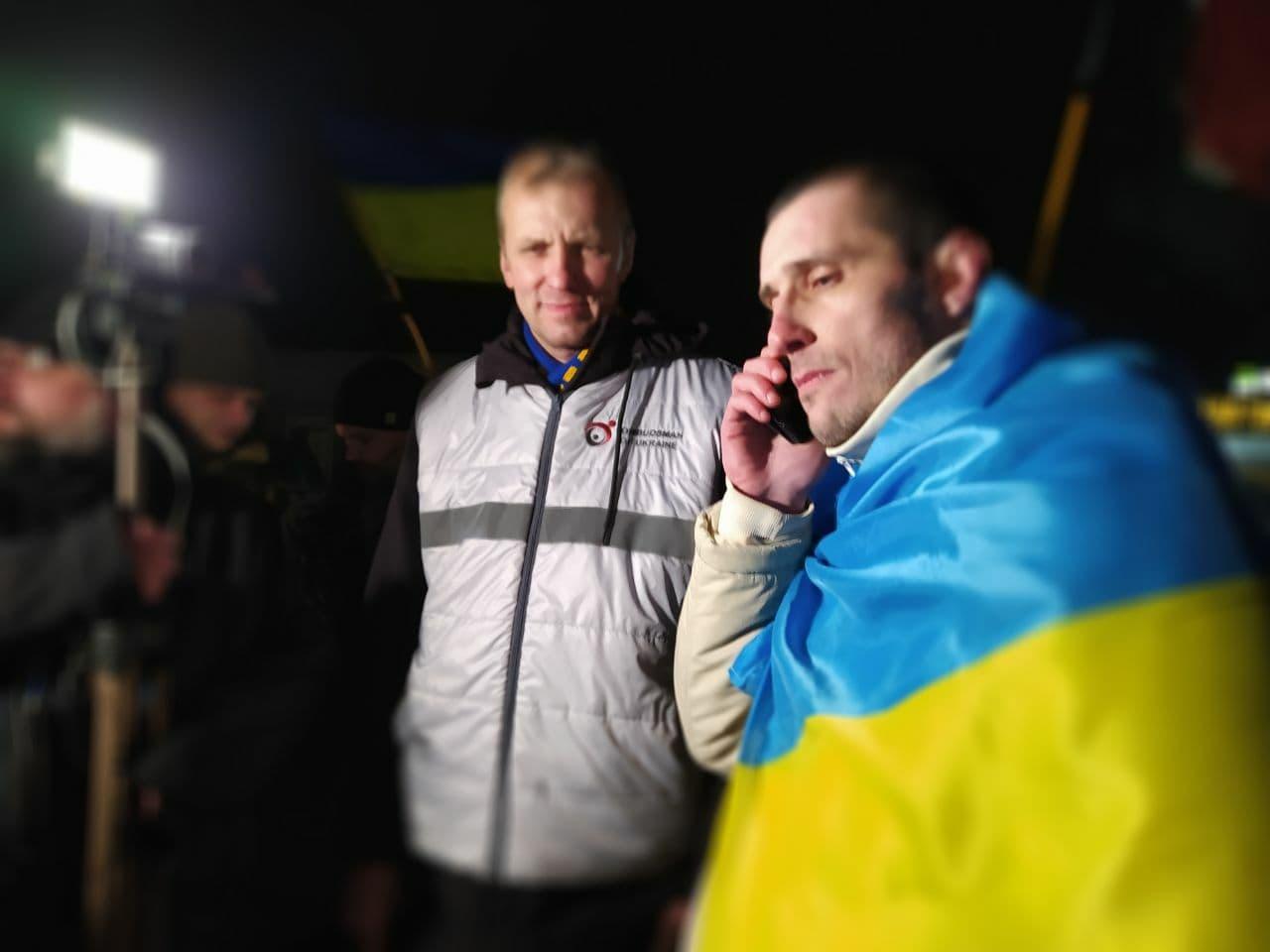 Українського політв'язня та воїна ЗСУ Шумкова звільнили з російського полону: фото
