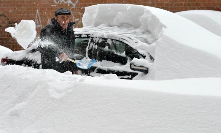 сніг зима київ