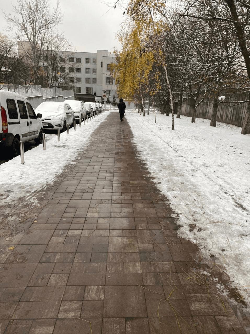 Теплий тротуар у Києві