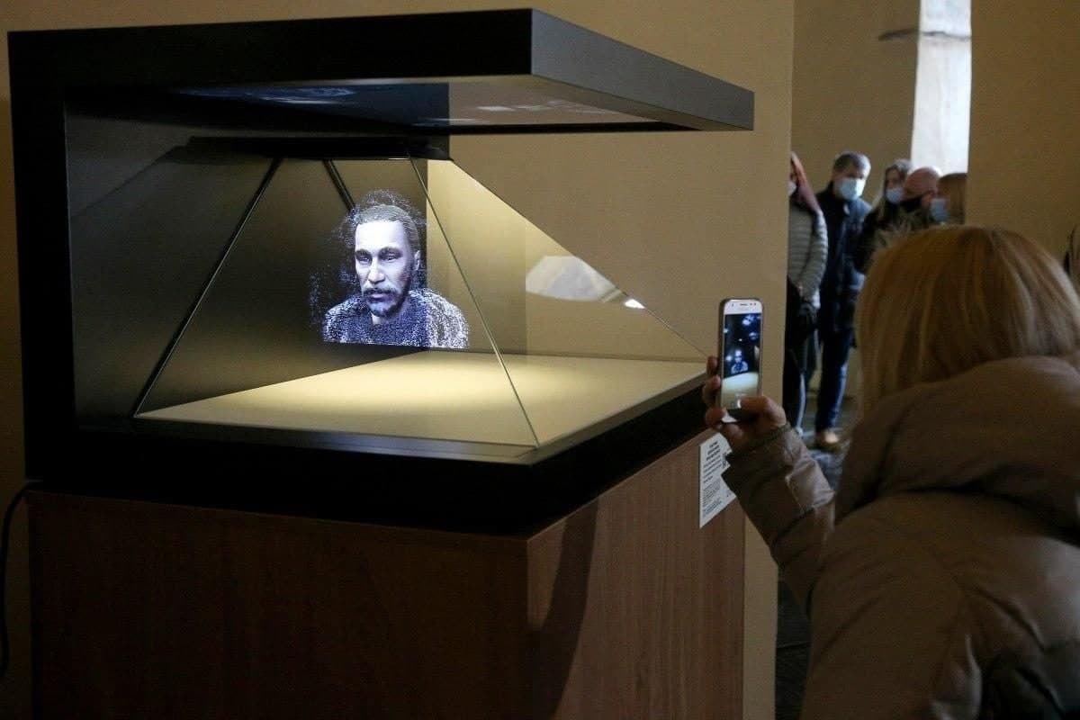 3D голограма обличчя Ярослава Мудрого