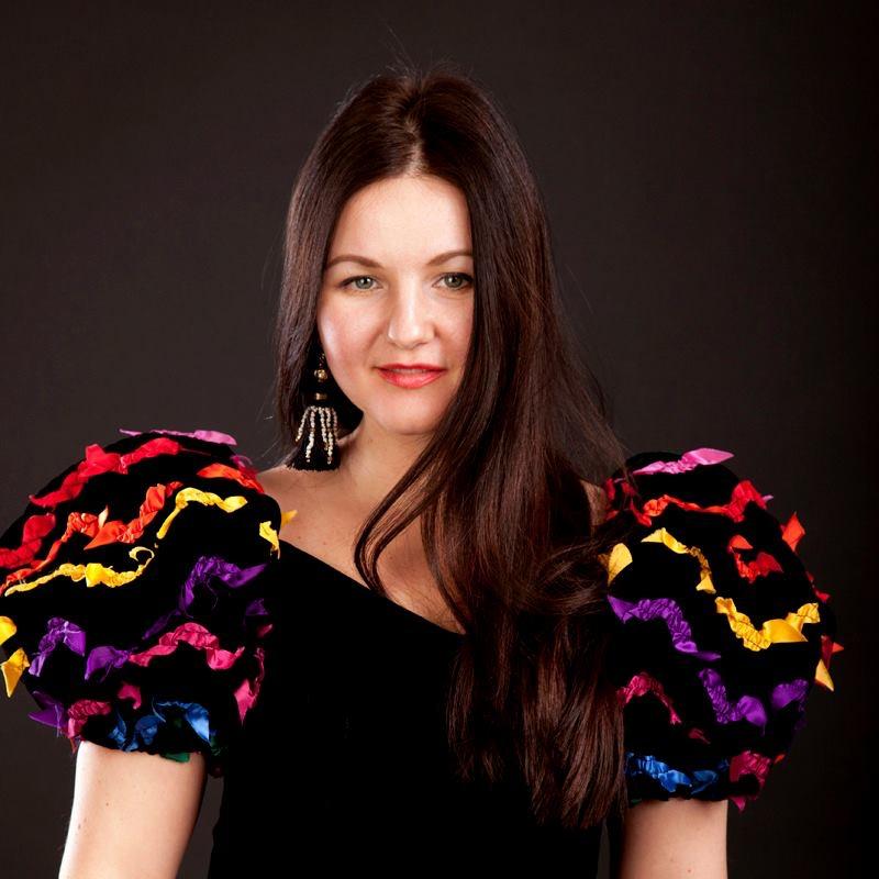 Даша Непочатова