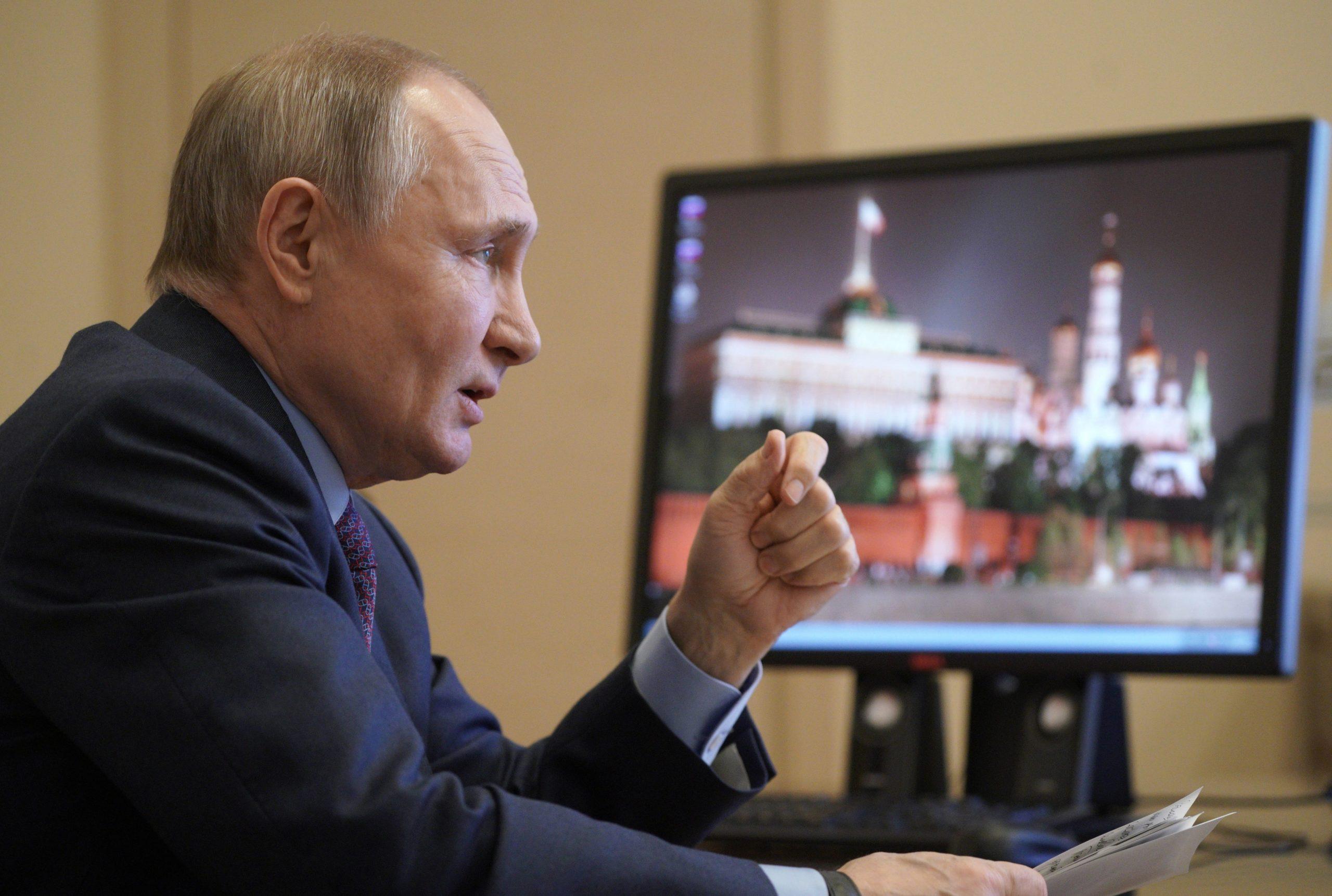 Нова провокація Росії: Кремль дозволить жителям окупованого Донбасу взяти участь у виборах до Держдуми