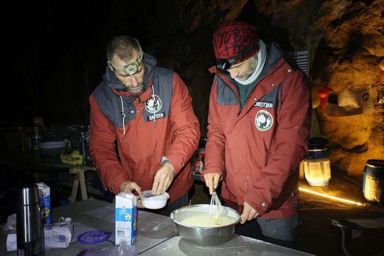 40 днів у печері провели французи задля експереметну