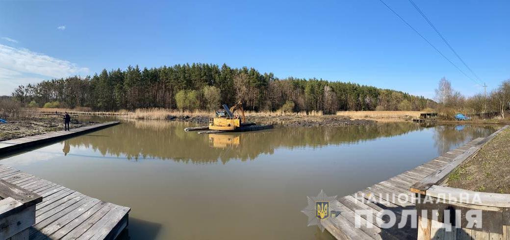 На Житомирщині житель незаконно розширяв русло річки