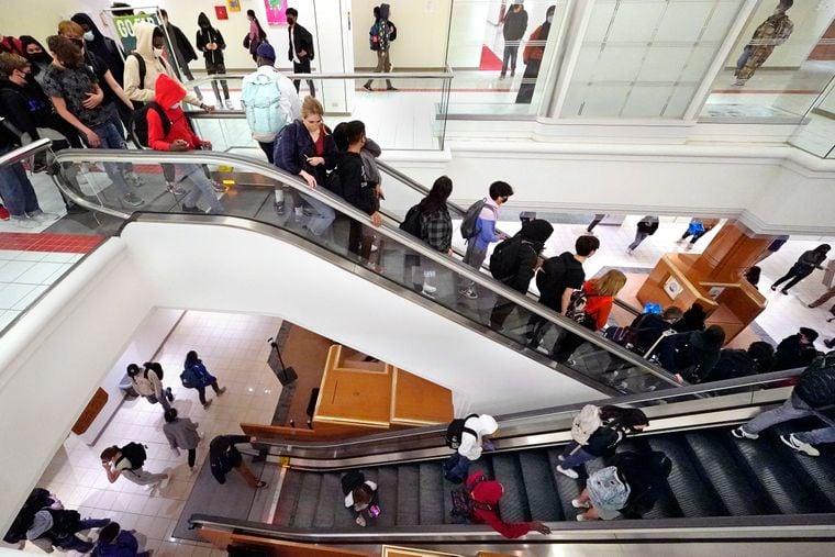 У США торговий центр став школою