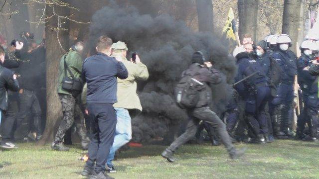 Протести на пам'ятних заходах до річниця Смоленської трагедії