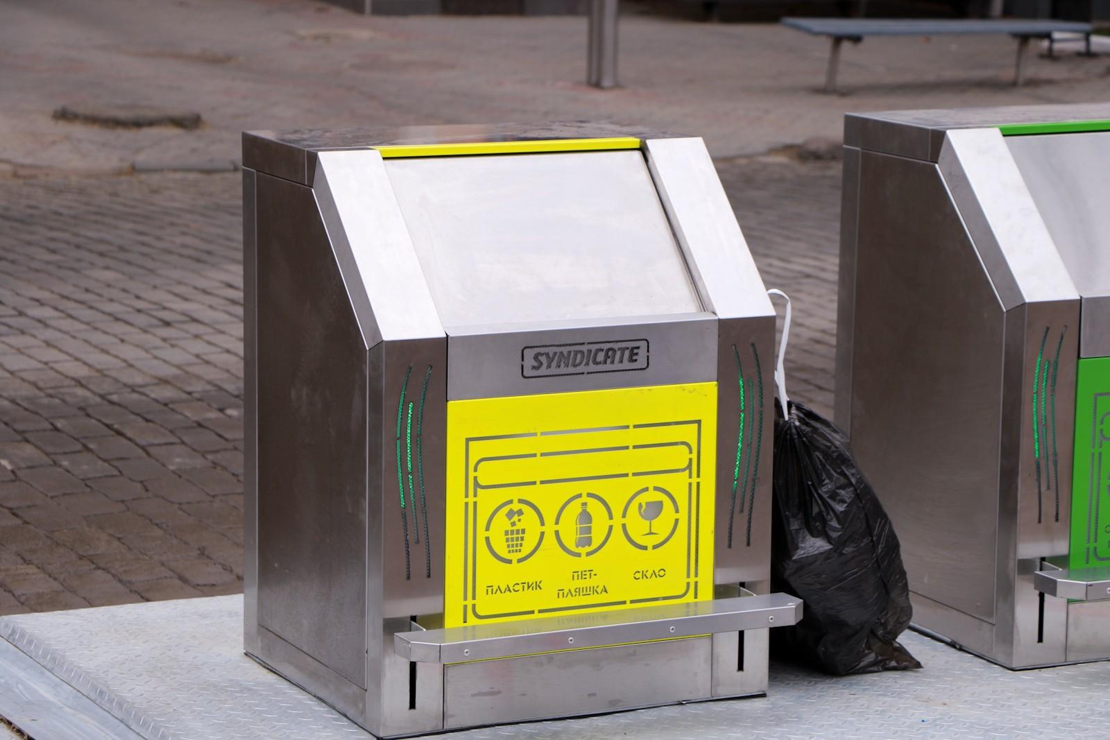 підземні контейнери для сміття