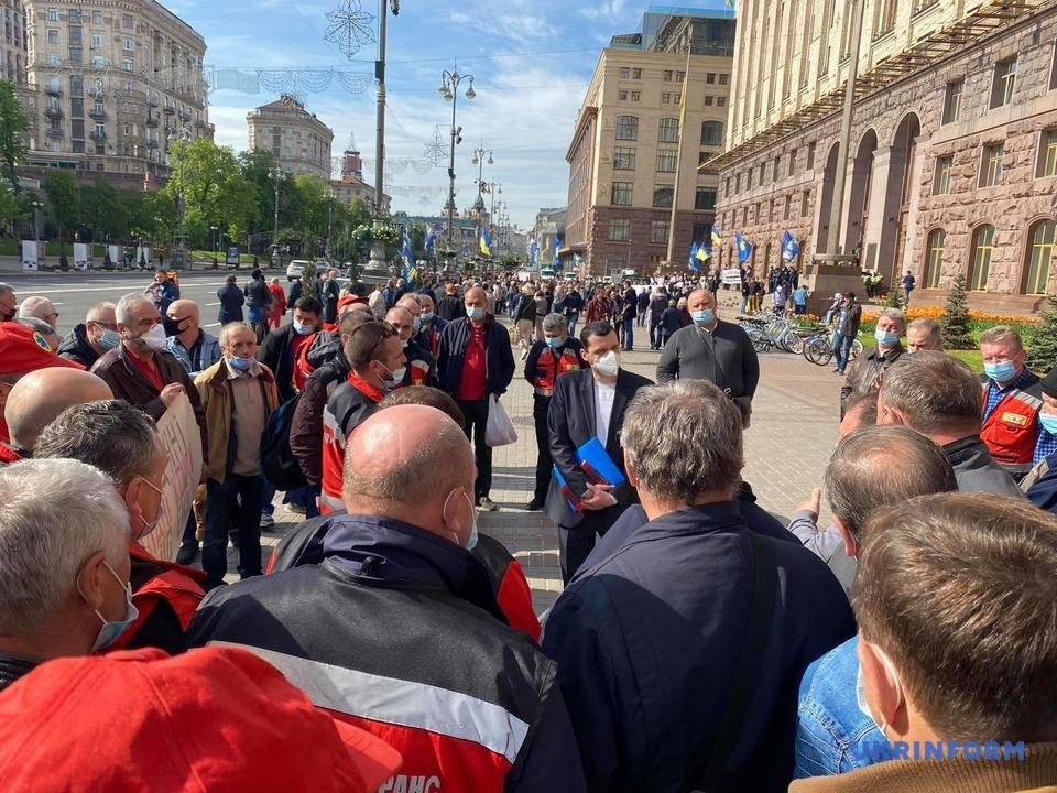 КМДА протест мітинг водії швидких