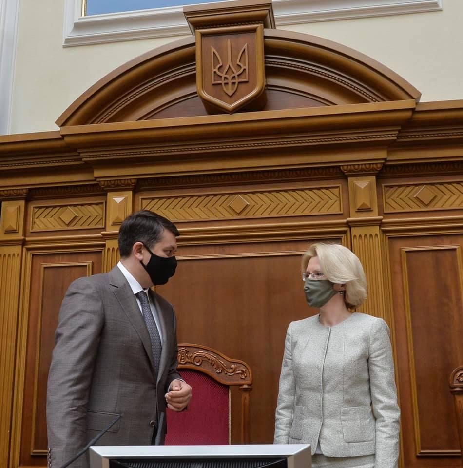 Разумков розповів про результати зустрічі зі спікеркою Сейму Латвії