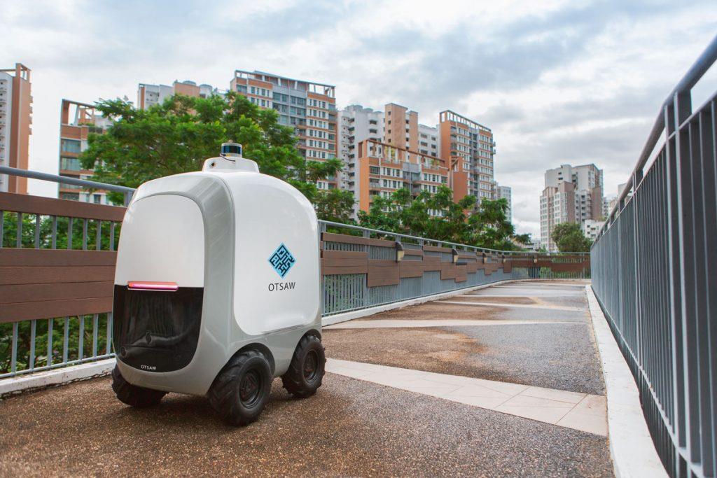 У Сінгапурі розробили роботів-кур'єрів