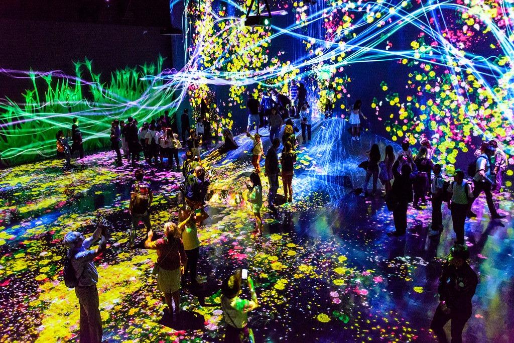 У Токіо інтерактивний музей цифрових ілюзій