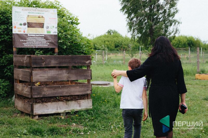 8-рчний хлопчик з волинського села вчить українців компостувати сміття