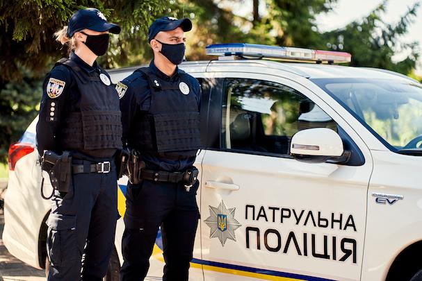 Полицейский превышает полномочия: что делать
