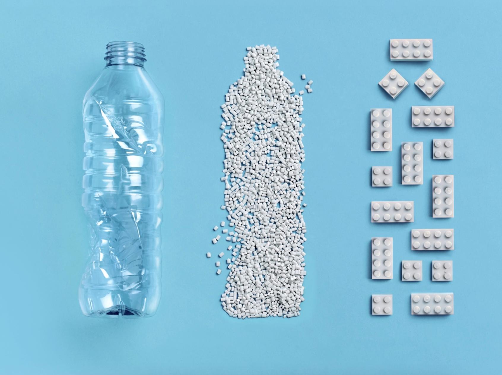 LEGO создала кубики из переработанных пластиковых бутылок