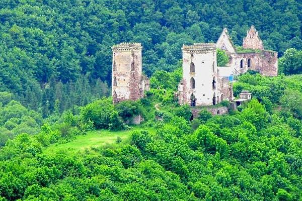 Червоногородський (Нирків) замок
