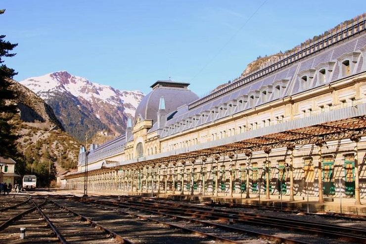 В Іспанії старовинний вокзал перетворять на готель 1