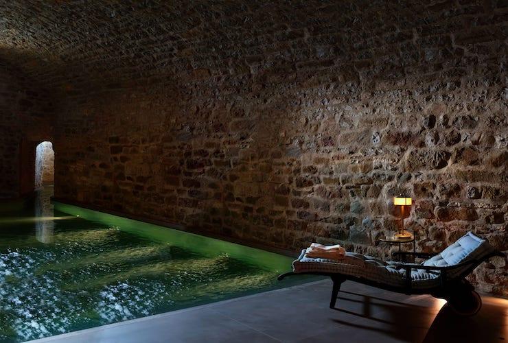 В Італії тисячолітній замок перетворили на готель10