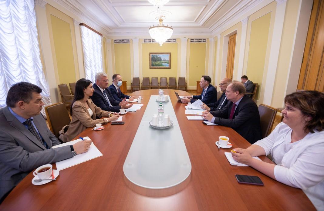 Заступник Єрмака зустрівся комітет ПАРЄ