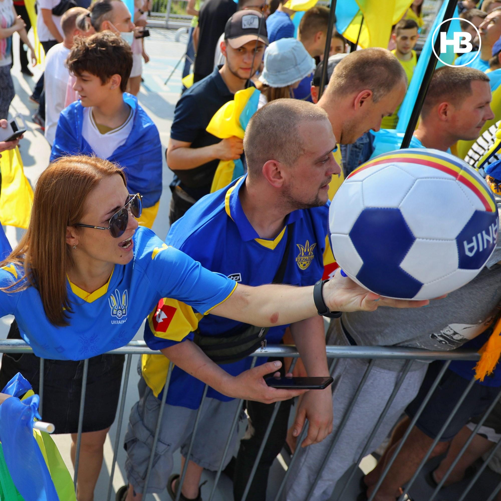 Збірну України зустрічають у 1Борисполі після гри у чвертьфіналі Євро-2020