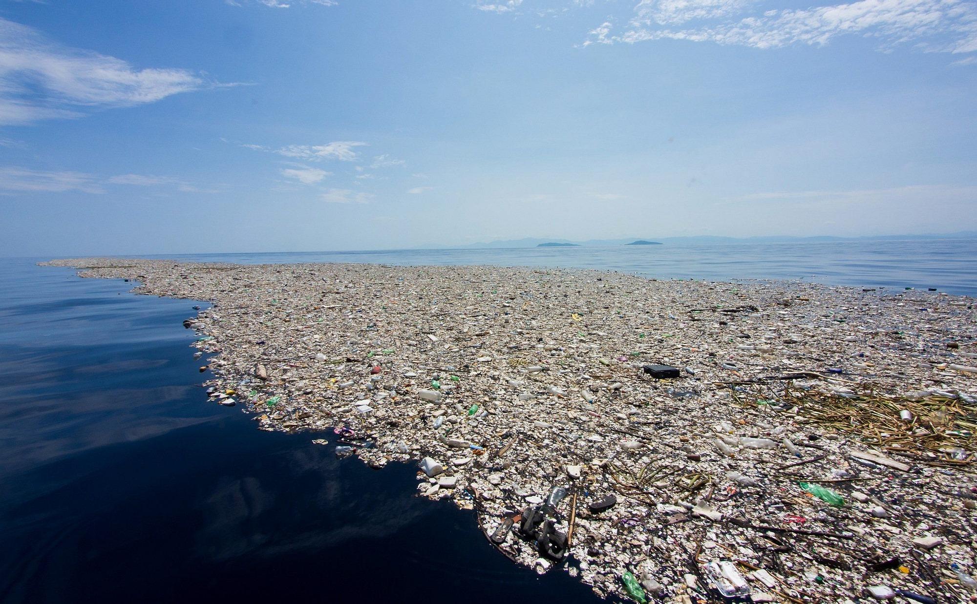 1,6 миллиарда одноразовых масок попало в океан в 2020 году. На их разложение потребуется 450 лет