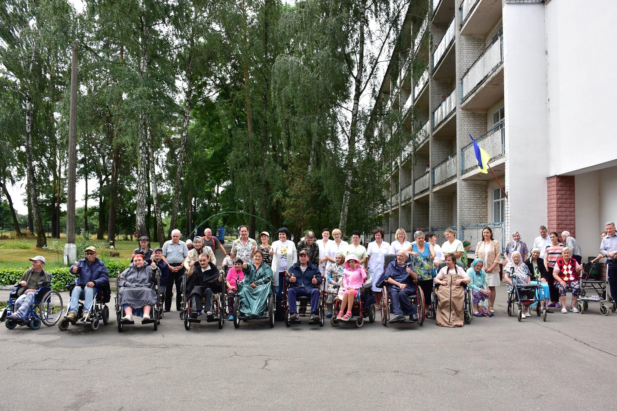 спецодяг для людей з інвалідністю