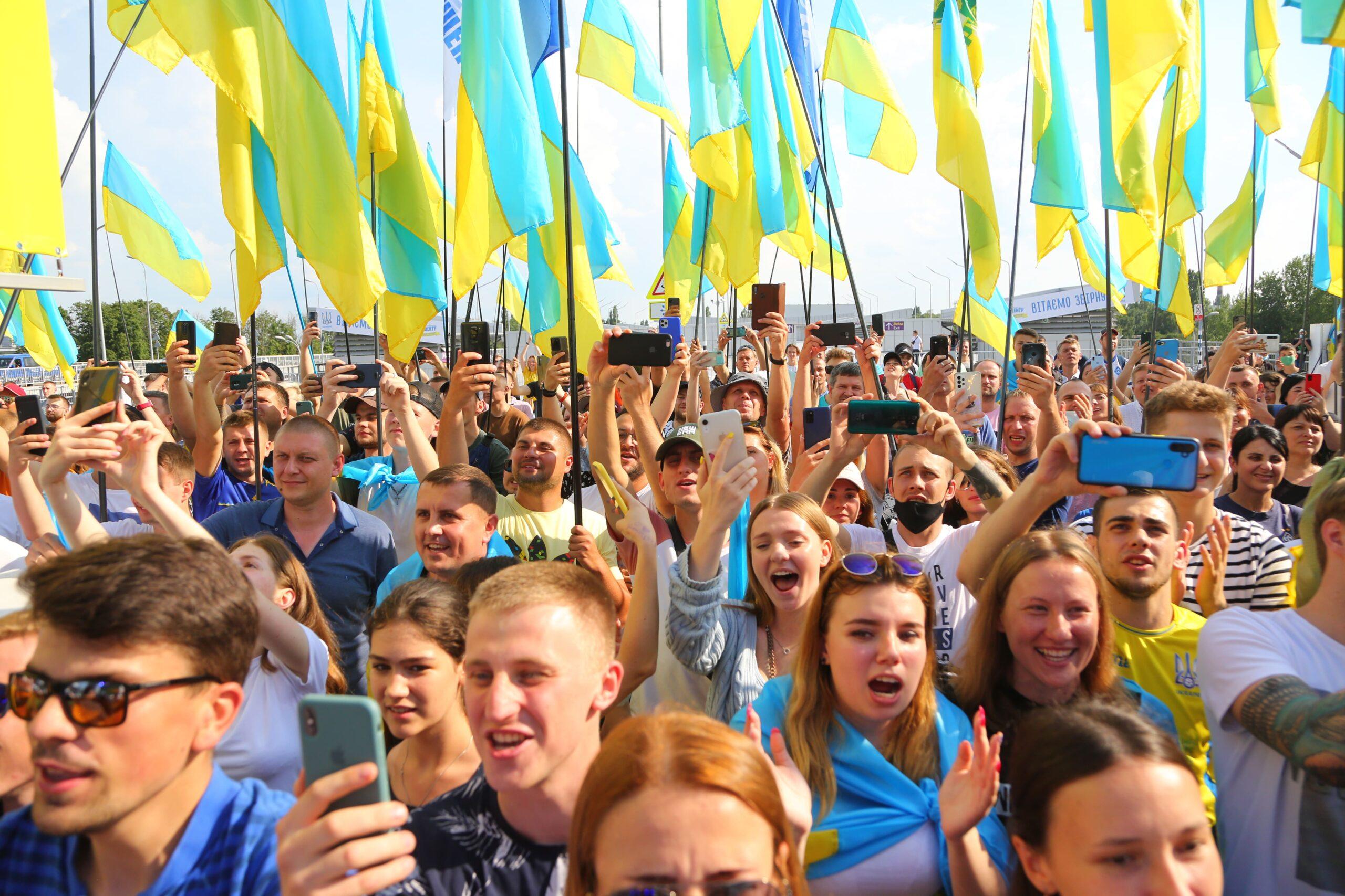 Збірну України фантастично зустріли у Борисполі після гри у чвертьфіналі Євро-2020