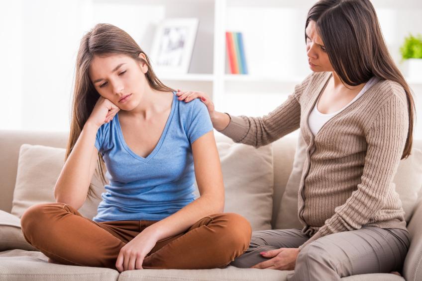 Дочка каже, що вагітна: як реагувати батькам