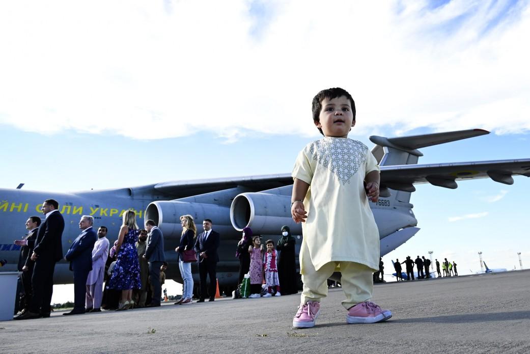 Україна евакуює з Афганістану всіх своїх громадян2