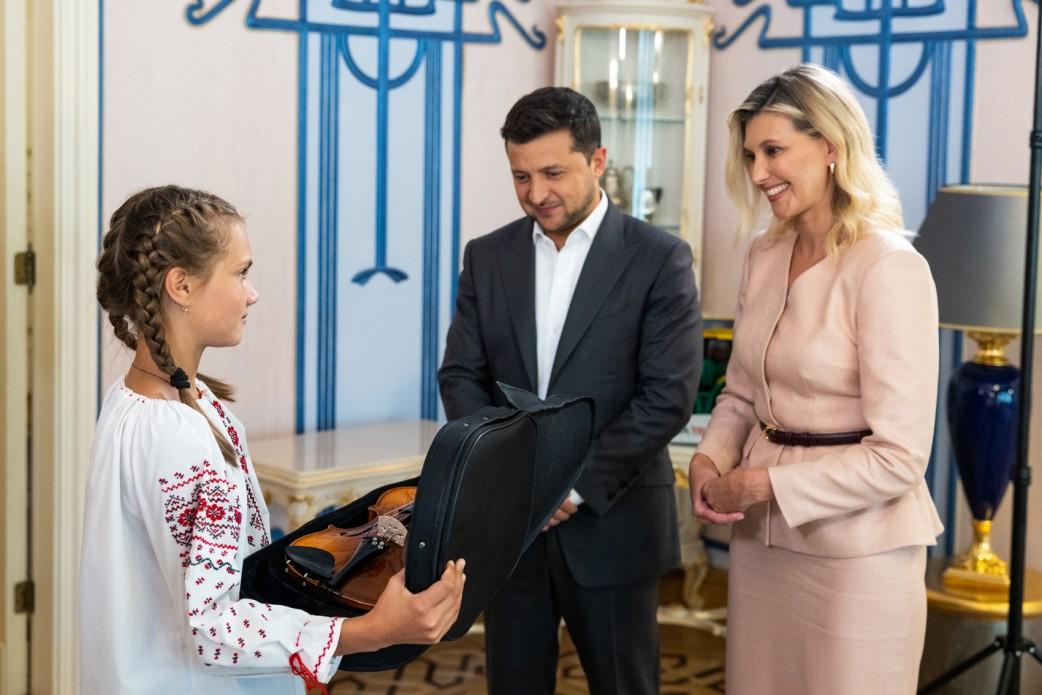 Зеленський зустрівся з 12-річною Тетяною Тулайдан
