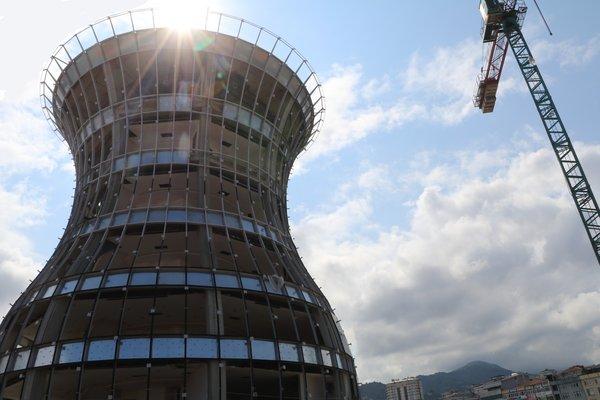 29-метрова склянка