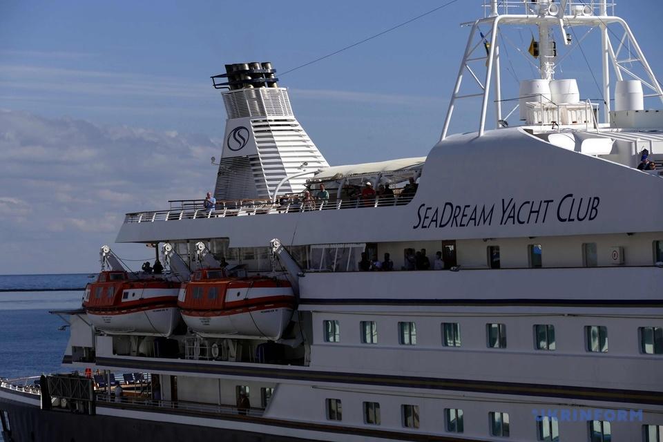 В Одесу зайшов перший за два роки міжнародний круїзний лайнер