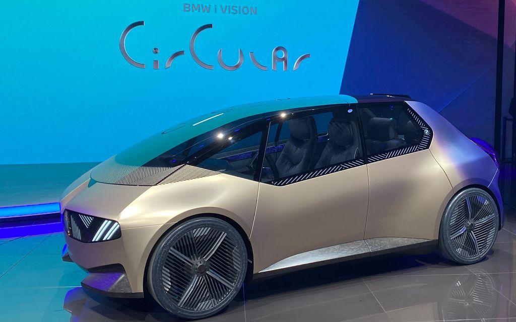 BMW показал свое первое авто, изготовленное из перерабатываемых материалов