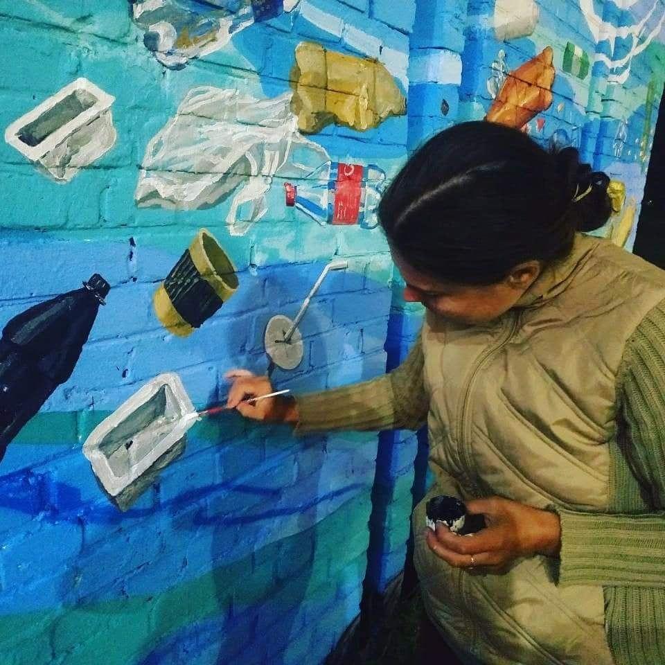 Мурал зі сміття в Києві