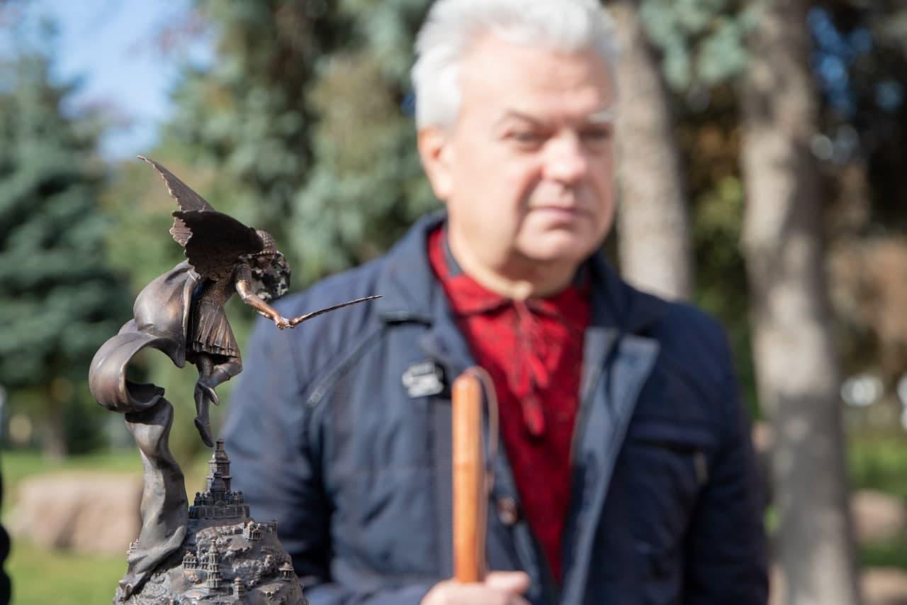 У Києві відкрили 3D-мініатюру фонтану Архістратига Михаїла