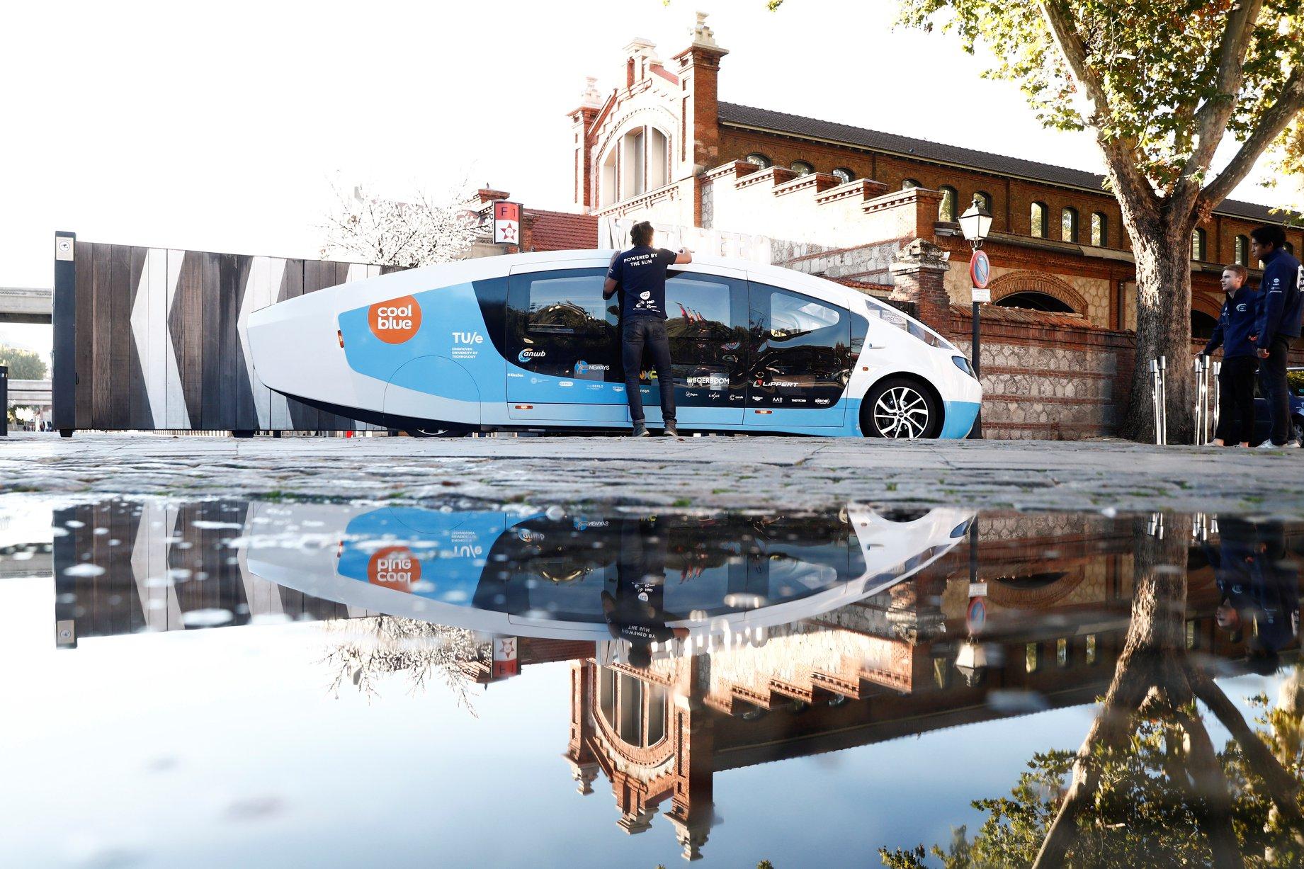будинок на колесах, який живиться від сонячних батарей6